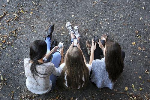 teens on mobile