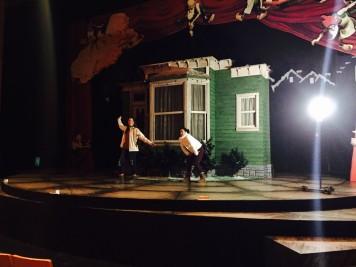 Actors in motion!